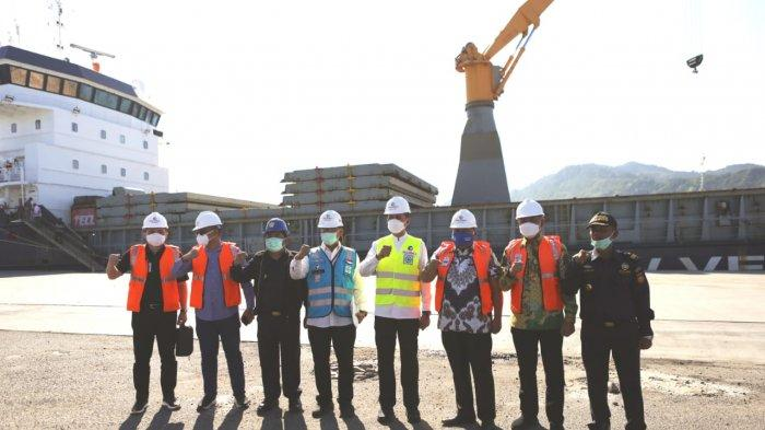 Wakil Gubernur Sumut Hadiri Pelepasan Ekspor Perdana Plywood di Pelabuhan Sibolga