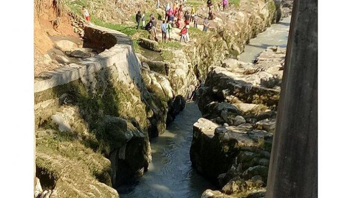 BREAKING NEWS, Enam Orang Hanyut di Sungai Bahapal Simalungun, 5 Orang Ditemukan Tewas