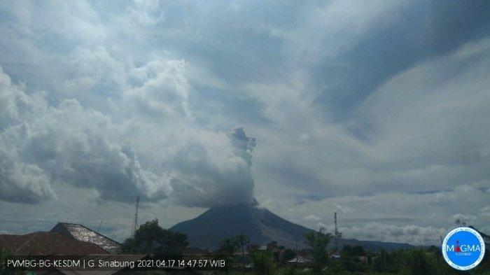 Setelah Sempat Erupsi Beruntun, Pagi Ini Gunung Sinabung Kembali Meletus Dua Kali