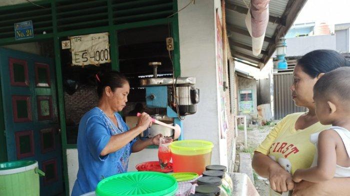 Es Merah Ahong Sejak Tahun 1985, Laris Manis Jadi Menu Berbuka Saat Ramadan