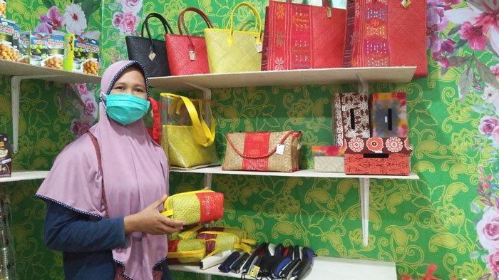 Berkah Ramadan, Menday Gallery and Sovenir Raih Omset Jutaan Rupiah