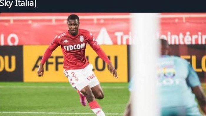 Fode Ballo-Toure saat beraksi membela AS Monaco