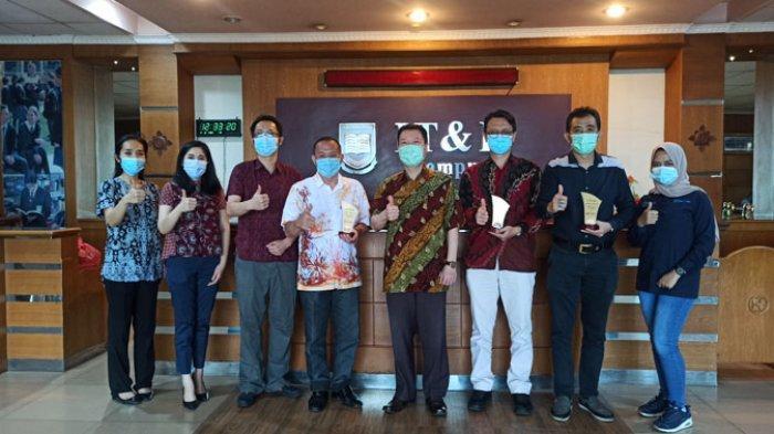 Apresiasi Pemateri Webinar, IT&B Ajak Mahasiswa Curi Ilmu dari Narasumber Berkompeten