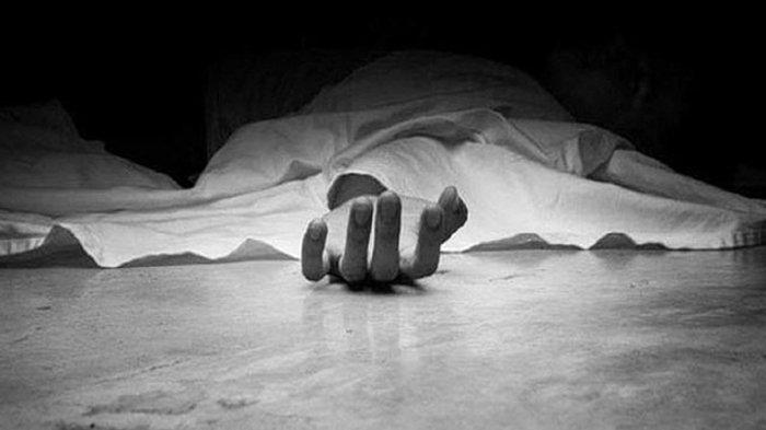 Seorang pria dianggap telah meninggal dan sudah dimakamkan oleh keluarga. Namun seminggu kemudian secara tiba-tiba dia mundul lagi di rumah.