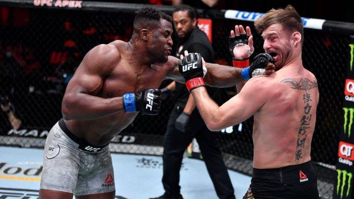 REKAP Hasil UFC 260 - Francis Ngannou Juara Baru Kelas Berat, Sepupu Khabib Juara Kelas Welter