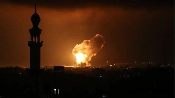 Serangan udara Israel membombardir Jalur Gaza