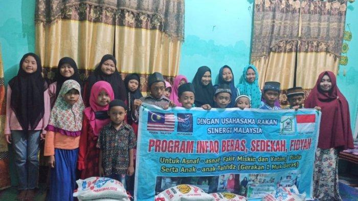 Gerakan Sedekah Ramadhan, Rumah Tahfidz Fatimah Az-zahra Gelar Buka Bersama Anak Yatim