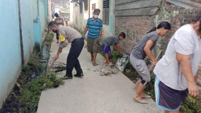 Bentrokan Berujung Pelemparan Bom Molotov ke Gereja, TNI dan Polri Turun Tangan Bersihkan Lingkungan