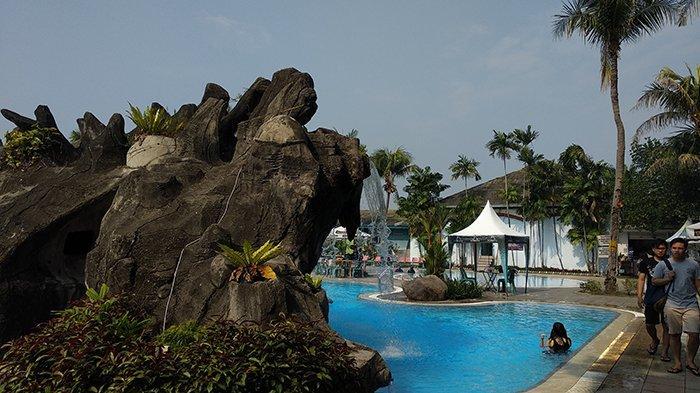 Berenang Gratis di Kolam Renang Graha Metropolitan Golf and Country Club untuk Member TFC Premium