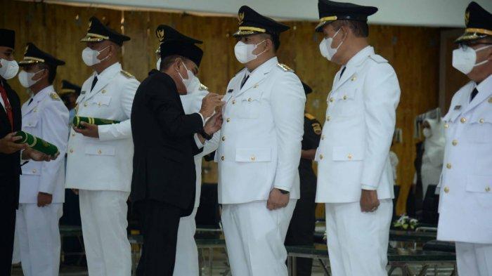 Vandiko Timotius Gultom Dilantik Jadi Bupati Samosir, Warga dan DPRD Ingatkan Janji Kampanye