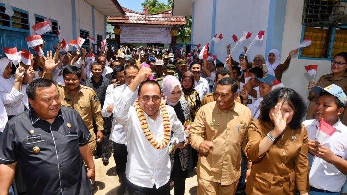 Kunker ke Sibolga, Gubernur Edy Rahmayadi Disambut Meriah di SMAN 3
