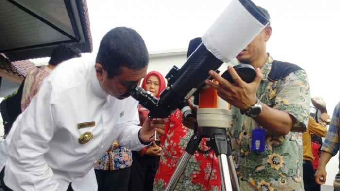 Jajal Teropong Pemantau Hilal, Ini Komentar Gubernur Tengku Erry