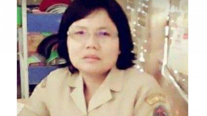 Momen Sekdakab Toba Bertemu Keluarga Guru SD yang Dibunuh, Sebut Korban Teman
