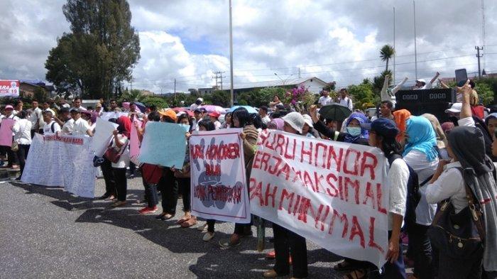 HORE - Insentif Guru Honorer di Medan Dibayarkan Sebelum Lebaran