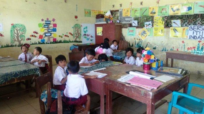 Guru SD di Simalungun Mogok Kerja, Orang Tua Murid Rela Menyumbang Rp20 Ribu