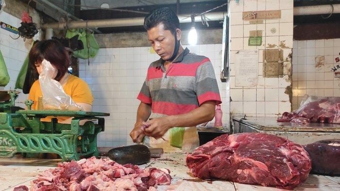 Stok Hewan Potong Berkurang, Harga Daging Sapi  di Medan Merangkak Naik