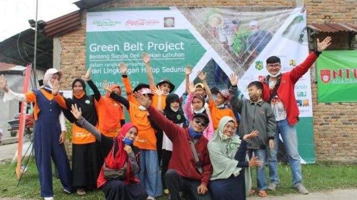 Yayasan Budaya Hijau Tabur 5.000 Ikan di Sungai Deli