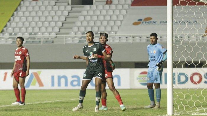 Hasil Pertandingan PSMS Medan VS Semen Padang, Sepuluh Pemain Ayam Kinantan Ditahan Imbang 2-2