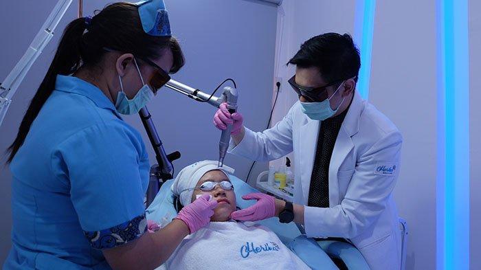Percantik Penampilan dengan Lakukan Perawatan di Herika Beauty Clinic