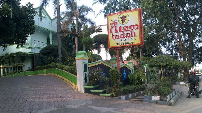 Surat Edaran Jokowi: Tutup Hotel Kelas Melati di Jamin Ginting