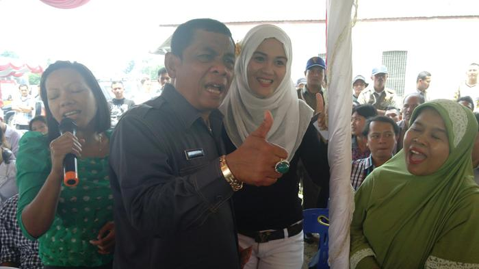 Hulman Sitorus: Saya Penyanyi, Wali Kota Hanya Sampingan