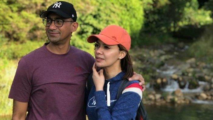 Pantas Putri Ulama Terkenal Dibuatnya Jatuh Hati, Intip Romantisnya Suami Najwa Shihab pada Istrinya