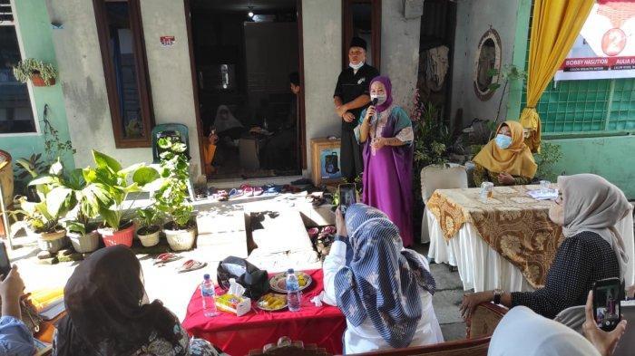 Berjumpa Ibunda Bobby Nasution, Ibu Pengajian Berharap Bisa Jumpa Kahiyang Ayu
