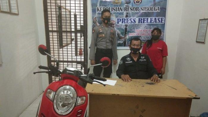 Curi Sepeda Motor di Rumah Makan, IRT Ditangkap Petugas