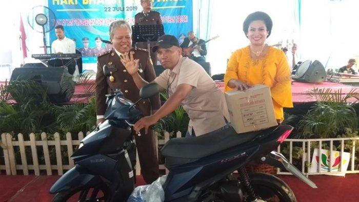 Wartawan Ini Dapat Hadiah Motor saat Hari Adhyaksa Ke-59 di Kejari Deliserdang