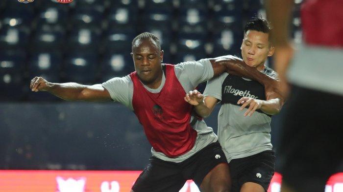Skuat timnas Indonesia menjalani latihan jelang lawan Taiwan play off Kualifikasi Piala Asia 2023