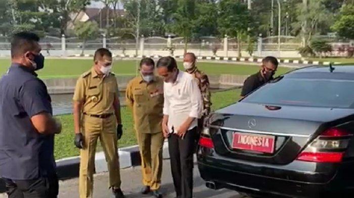 Wakil Gubernur Sumatera Utara Musa Rajekshah menyambut kehadiran Presiden Joko Widodo di Rumah Dinas Gubernur Sumatera Utara, Kamis (16/9/2021) sore.