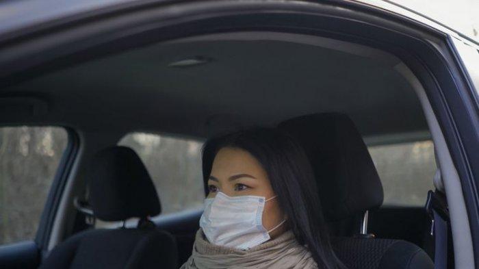 Alasan Kenapa Perlu Pakai Masker Meski Nyetir Mobil Sendiri