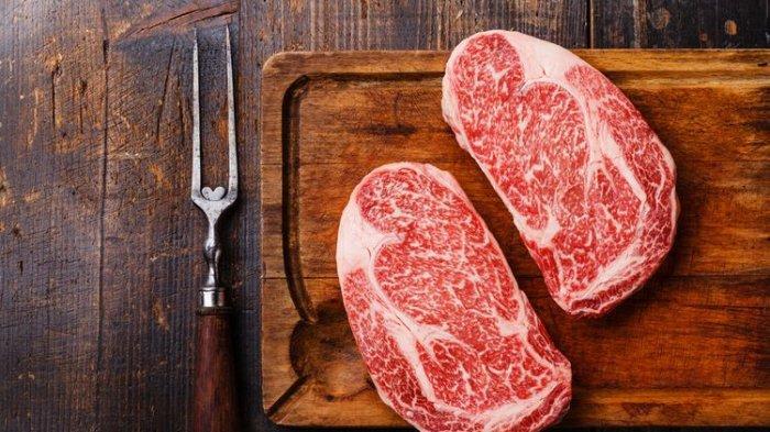 Gimana Rasanya Jika Masak Rendang Pakai Daging Wagyu?