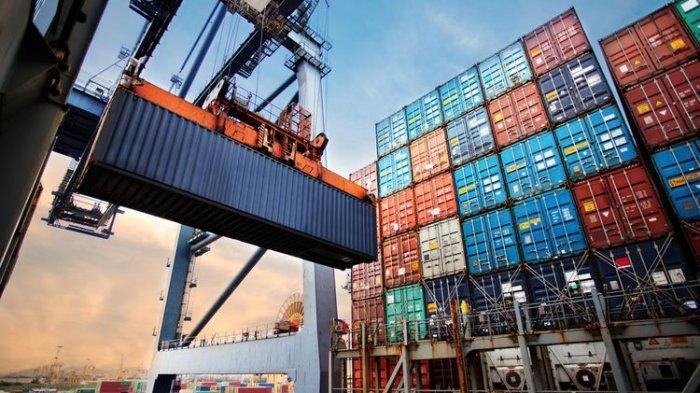 Materi Belajar Ekonomi Siswa: Pengertian Impor dan Manfaatnya