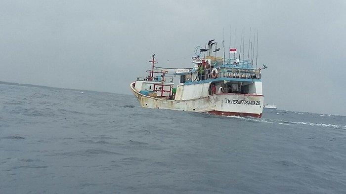 Usai Tragedi KM Sinar Bangun, 20 Kapal Motor Tradisional KDT Terima Sertifikat Berlayar