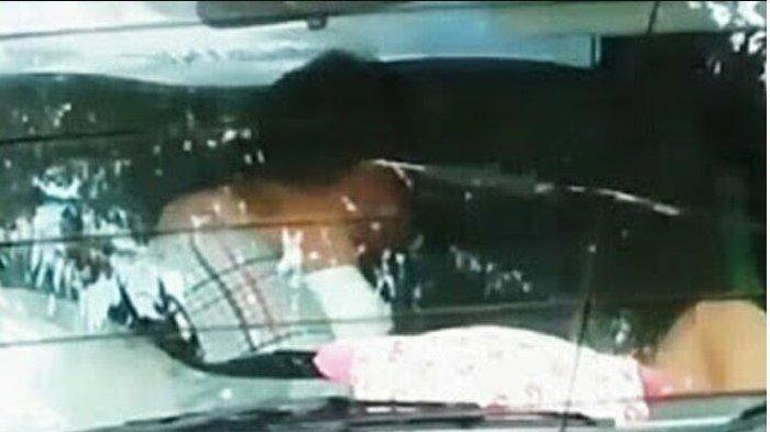 Usai Pergoki Mobil Bergoyang, Istri Kapolsek Terpelanting Ditabrak Selingkuhan Suaminya