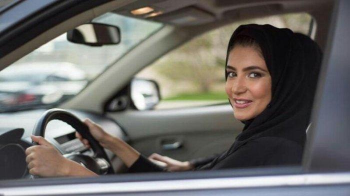Kumpulan Doa Naik Kendaraan, Bacaan Doa Bepergian Agar Dijaga Allah Selama Perjalanan