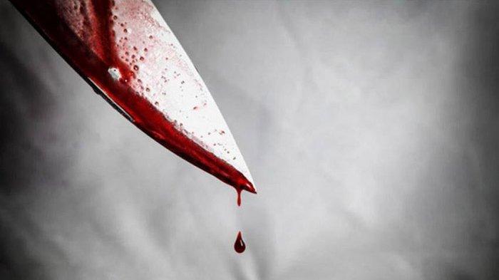 Seorang suami membunuh istrinya dengan pisau di siang bolong di tengah keramaian hanya karena tak mau berhenti dari pekerjaannya setelah menikah.