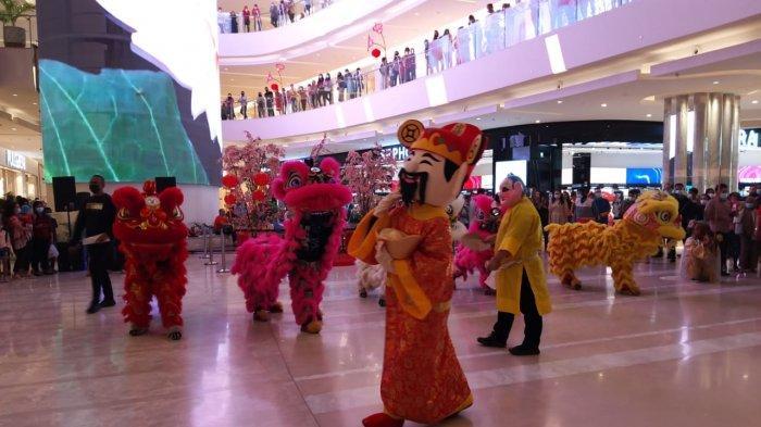 Rayakan Imlek, Deli Park Podomoro Gelar Pertunjukan Barongsai dan Guzheng