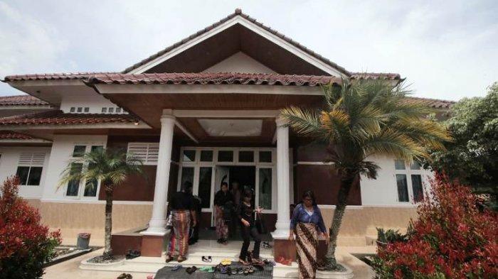 News Video: Perwira Polisi Asal Tobasa Meninggal Misterius, Keluarga di Silaen Tunggu Jenazah