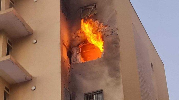 Serpihan roket Hamas yang dihancurkan Iron Dome menghantam jendela rumah perlindungan dan menewaskan bocah 5 di Kota Sderot Israel
