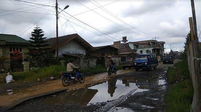 Banyak Jalan Rusak, Pemkab Karo Minta Pengusaha Cuci Wortel Buat Saluran Limbah
