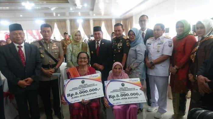 Bank Sumut Beri Tali Asih Kepada Janda Perintis Kemerdekaan Republik Indonesia
