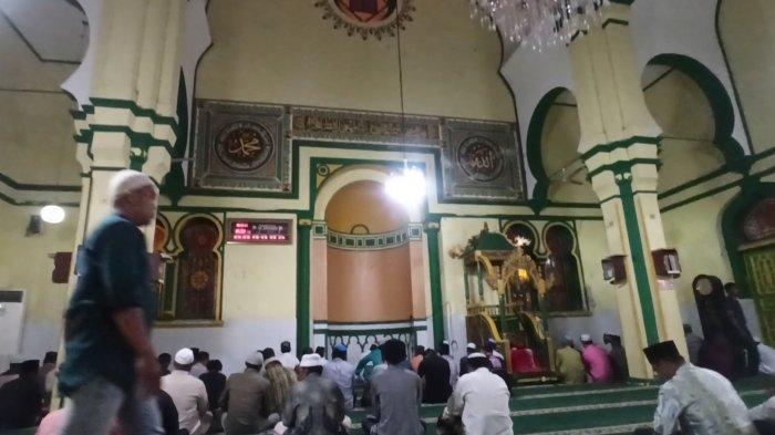 Tradisi Jelang Ramadan di Masjid Al-Osmani, Jemaah Masjid Lakukan Hal Ini