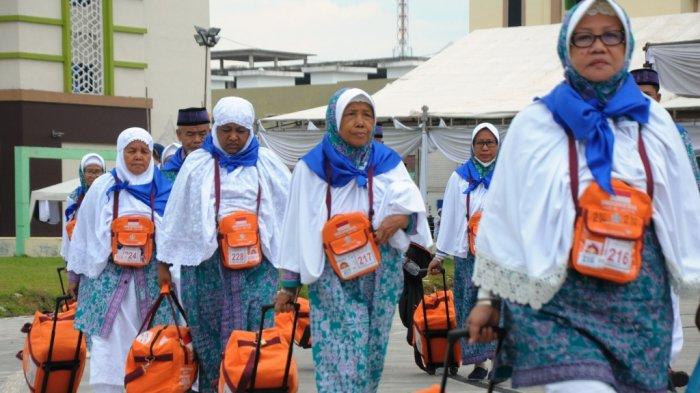 Jemaah Haji Kloter 1 Akan Tiba di Bandara Kualanamu Besok Malam