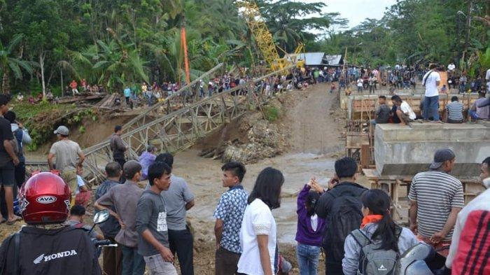 Terendam Banjir, Jembatan Darurat Gido Sebua Nias Tak Dapat Dilewati Warga,Lihat Foto-fotonya