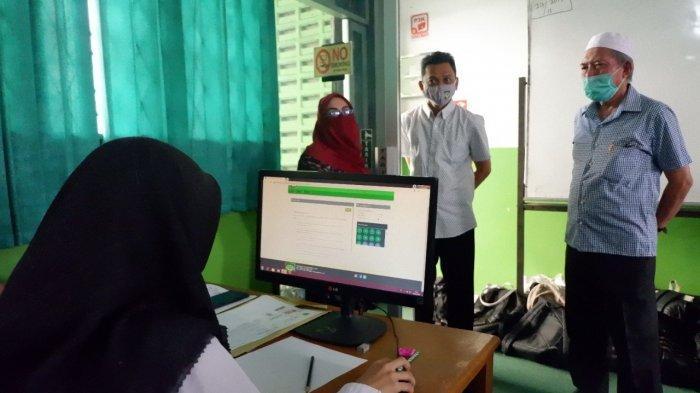 56 Calon Mahasiswa Kedokteran UISU Ikuti Ujian CBT
