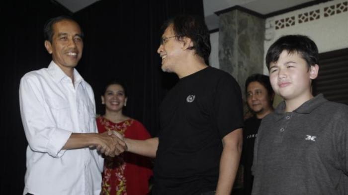 Sambut Presiden Baru, Iwan Fals Kumpulkan 4 Juta Orang di Konsernya