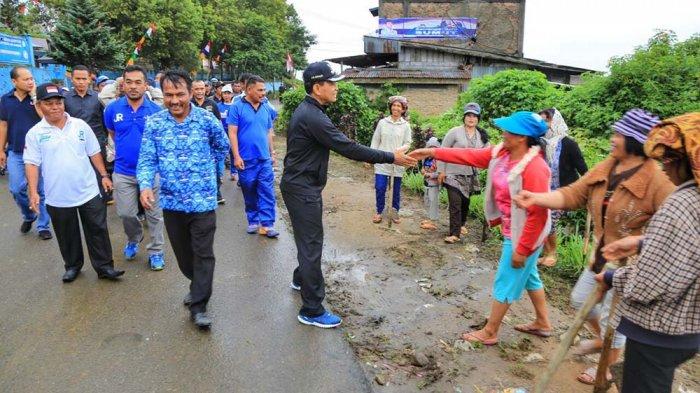 JR Saragih Targetkan Renovasi Rumah Bolon Selesai Tahun 2018