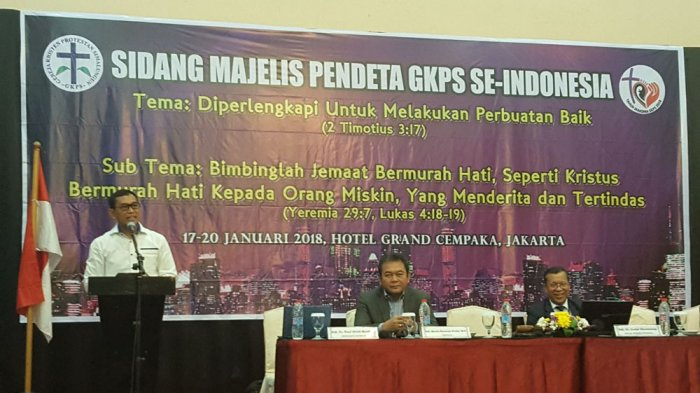 Romanja Puji JR Saragih saat Hadiri Sidang Majelis Pendeta GKPS Se-Indonesia